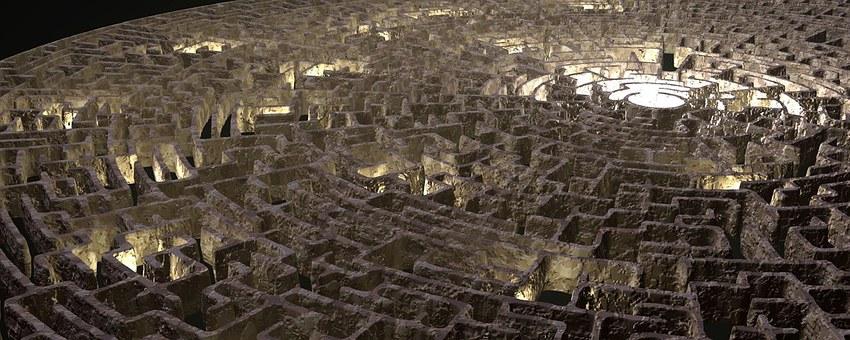 labyrinthe représentant les chemins du destin