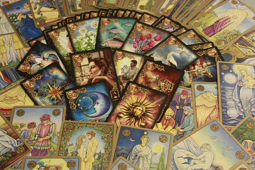 many oracle cards